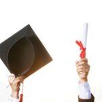 「卒業証書を捨てる」のアイキャッチ